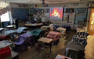 Δάσκαλος στην Αμερική μετέτρεψε την τάξη δημοτικού σε τοπίο κατασκήνωσης για να ... 2