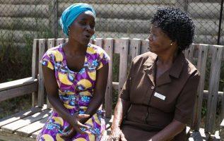 Στη Ζιμπάμπουε, σχεδόν ένας στους τέσσερις πάσχει από kufungisisa, δηλαδή από κα... 3