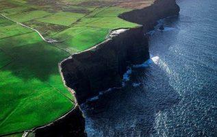 Η Ιρλανδία έχει από τις πιο παράξενες πλαγιές στη Γη ,... 5