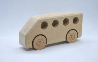 Κατασκευή ξύλινου λεωφορείου. Ενεργοποιήστε τους υπότιτλους. By Empnoia.