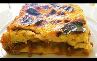 Λαζάνια με κιμά, τυριά κρέμα της Γκολφως , κατανοστιμο και εύκολο