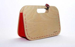 Ξύλινη τσάντα από σημύδα και τσόχα by Empnoia.