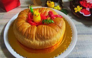 ΠΑΣΧΑΛΙΝΗ ΚΟΥΛΟΥΡΑ ΛΑΜΠΡΟΨΩΜΟ της Γκόλφως Easter Bread