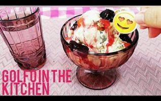 Παγωτό βανίλια  , Ice cream-σε 5 λεπτά έχετε το καλύτερο παγωτό,με την πιο έξυπνη σάλτσα κεράσι