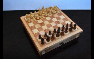 Σκακιέρα από niangon και φλαμούρι. Τα στάδια της κατασκευής από Empnoia.