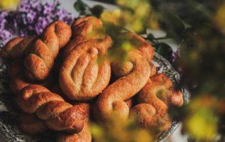 Συνταγή για παραδοσιακά κουλουράκια βουτύρου... 2