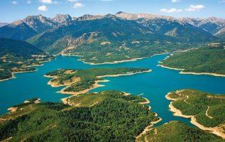 Γνωρίζετε ότι, η Λίμνη Πλαστήρα είναι τεχνητή, αποτελεί έναν υπέροχο υδροβιότοπο... 3
