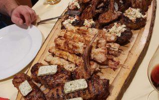Mmm!!!! Greek food is the best !!.... 4