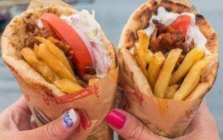 Mmm!!! Delicious Gyros !!... 7