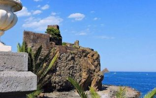 Aci Castello,Sicily Italy... 4