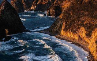 Calm morning on the coast of Shizuoka Prefecture, Japan... 2