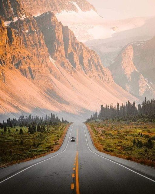 Icefields Parkway in western Canada :Jake Guzman... 1