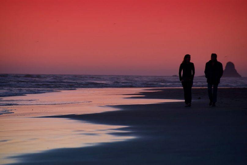 Είναι που ενώ βλέπουμε το ηλιοβασίλεμα γυρνάω και σε κοιτάζω. Και ξέρεις πόσο μο... 1