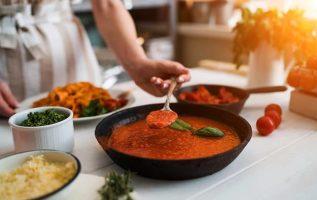 Ο έξυπνος τρόπος για να δώσεις γλυκύτητα στη σάλτσα ντομάτας!... 3
