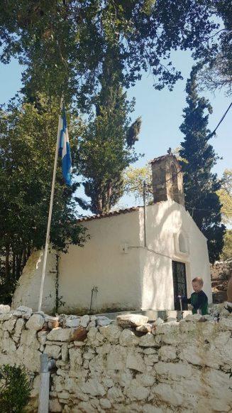 Το εκκλησάκι της Αγίας Παρασκευής στον Μαραθώνα... 10