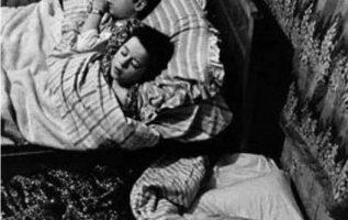 Κοιμηθήκατε στωματσάδα γιατί δεν χώραγε άλλο κρεβάτι στο δωμάτιο...πραγματικά πο... 4