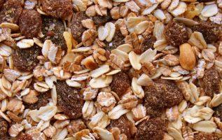 Γνωρίζατε ότι, τα δημητριακά ολικής αλέσεως περιέχουν έως και 75% περισσότερα θρ... 3