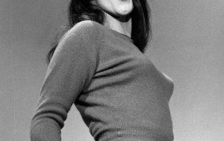 Ann-Margret photographed by Grey Villet.... 4