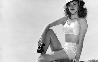 Ava Gardner. Doing her part for the war effort.... 3