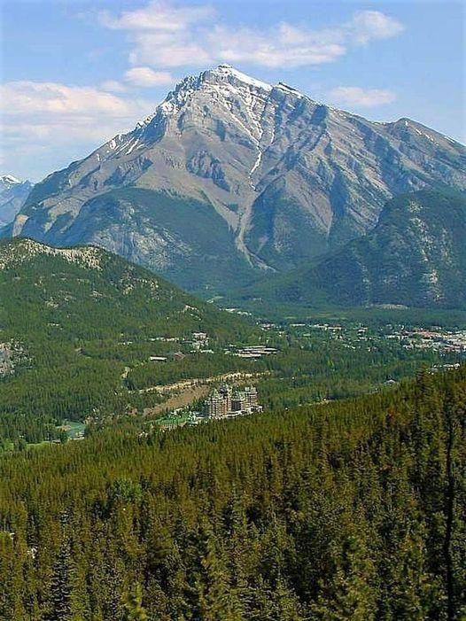 Banff National Park Canada... 1