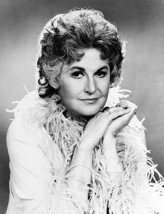 Bea Arthur (May 13, 1922 - April 25, 2009) as Maude.... 1