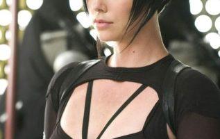 Charlize Theron. Æon Flux (2005).... 4
