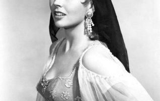 Dawn Addams ( September 21, 1930 - May 7, 1985).... 3