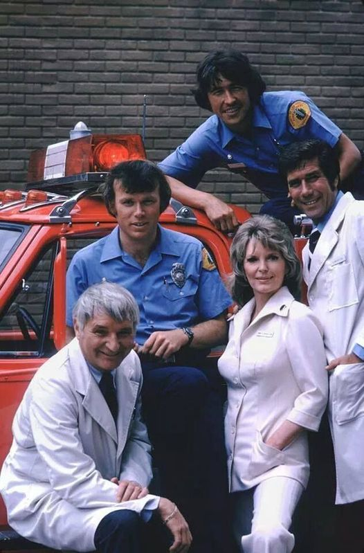 Emergency! with Kevin Tighe, Randolph Mantooth, Bobby Troup, Julie London and R... 1