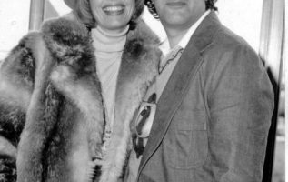Happy Birthday to Toni Tennille who turns 81 today! Also pictured, The Captain.... 3