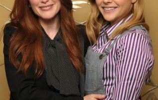 Julianne Moore and Chloe Moretz.... 5