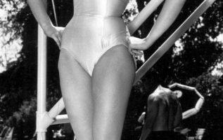 Julie Newmar.... 4