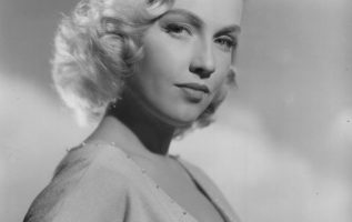 Leigh Snowden (June 23, 1929 - May 11, 1982).... 2