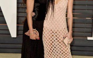 Lisa Bonet and her daughter Zoë Kravitz.... 4
