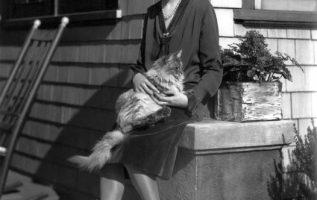 Mary Philbin (July 16, 1902 - May 7, 1993).... 2
