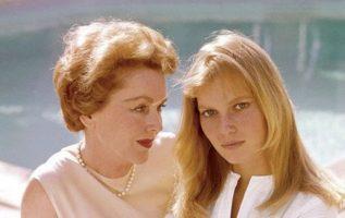 Maureen O'Sullivan and her daughter Mia Farrow.... 5