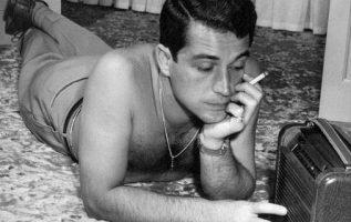 Perry Como (May 18, 1912 - May 12, 2001).... 4