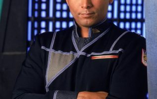 Richard Biggs (March 18, 1960 - May 22, 2004) on Babylon 5.... 4
