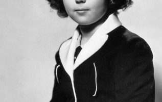 Shirley Temple photographed by George Hurrell.... 3