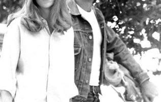 Sissy Spacek and Martin Sheen. Badlands (1973).... 2