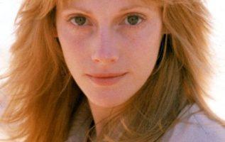 Sondra Locke (May 28, 1944 - November 3, 2018) in The Outlaw Josie Wales (1976).... 3
