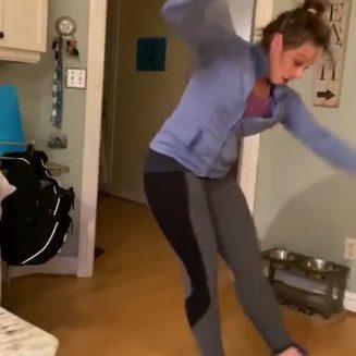 Αστεία βίντεο στο σπίτι από έξω από το σπίτι!  (ως επί το πλείστον)