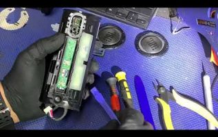 Λεπτό χειρουργική μια απλή αλλαγή γίνεται .... δύσκολη περίπτωση/ jbl flip 3 battery replacement