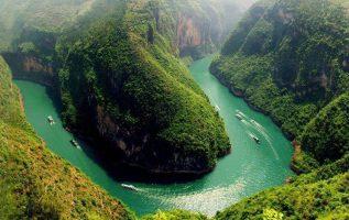 Ο ποταμός Yangtze που βρίσκεται στην Κίνα είναι ο μεγαλύτερος σε μήκος στην Ασία... 2