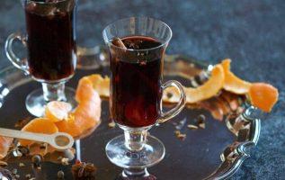 Με το που ζεσταίνονται τα πορτοκάλια και τα μπαχαρικά το σπίτι γεμίζει μυρωδιές!... 3