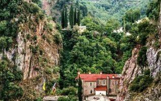 Η φωτογραφία της ημέρας: Η Μονή Παναγίας Προυσιώτισσας στην Ευρυτανία... 4