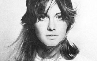 Olivia Newton-John.... 4