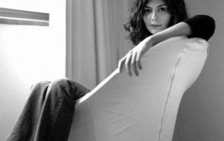Audrey Tautou photographed by Jennifer Gregori.... 4