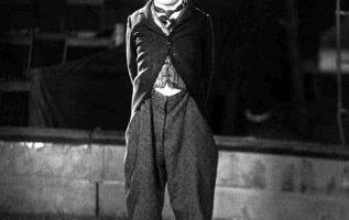 Charlie Chaplin.... 3