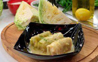 H συνταγή της ημέρας: Λαχανοντολμάδες με κρεμώδη σάλτσα... 3