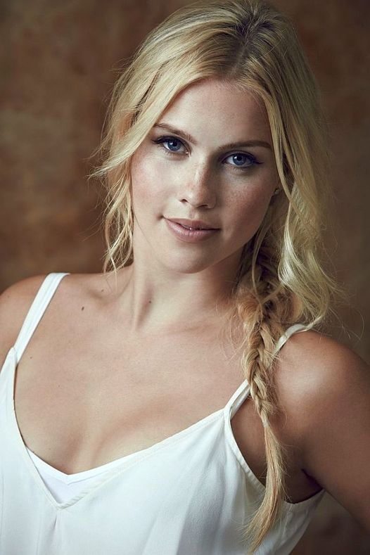 Happy Birthday to Actress Claire Holt who turns 33 today!... 1
